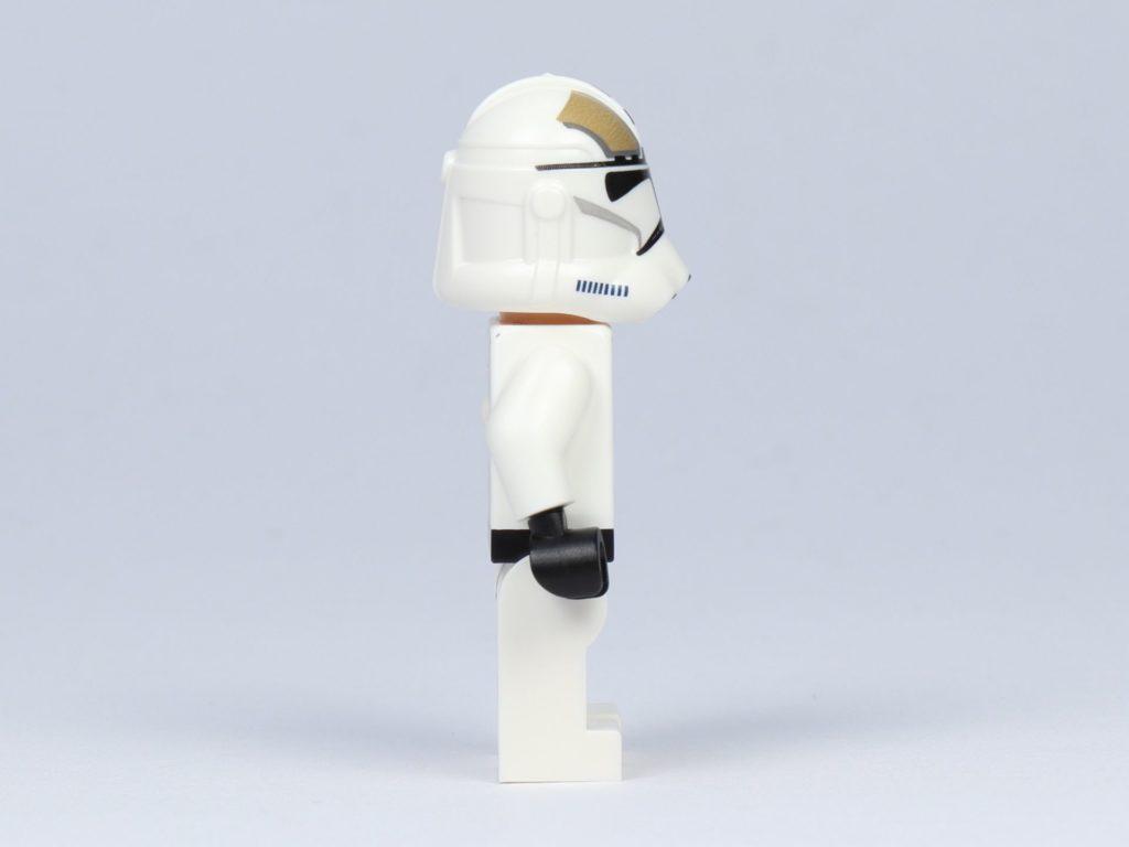 LEGO Star Wars 75182 - Clone Trooper Gunner, rechte Seite | ©2019 Brickzeit