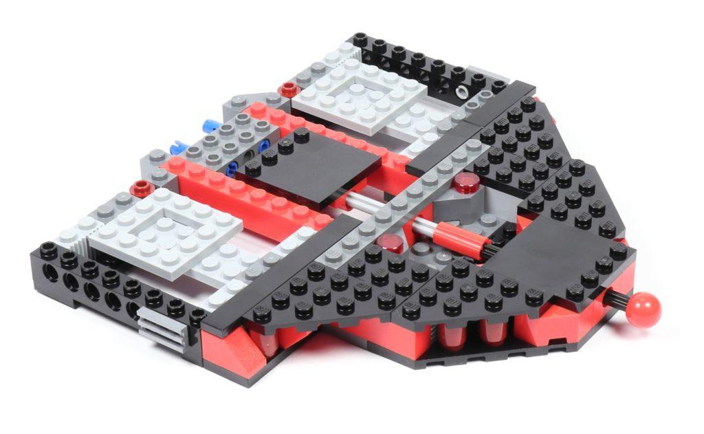 LEGO® Star Wars™ 75216 - Vertiefungen befestigt, hinten | ©2019 Brickzeit
