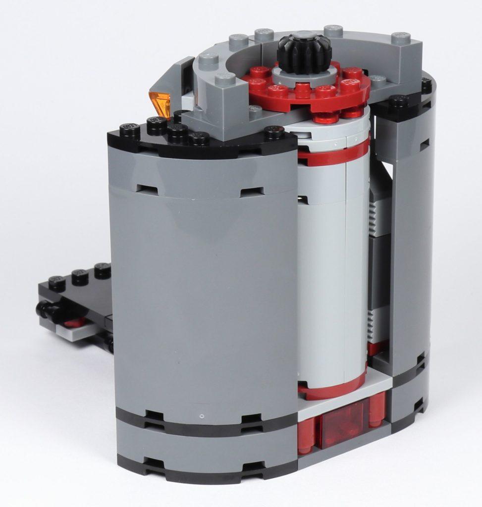 LEGO® Star Wars™ 75216 - Plattform mit Aufzug fertig, hinten | ©2019 Brickzeit