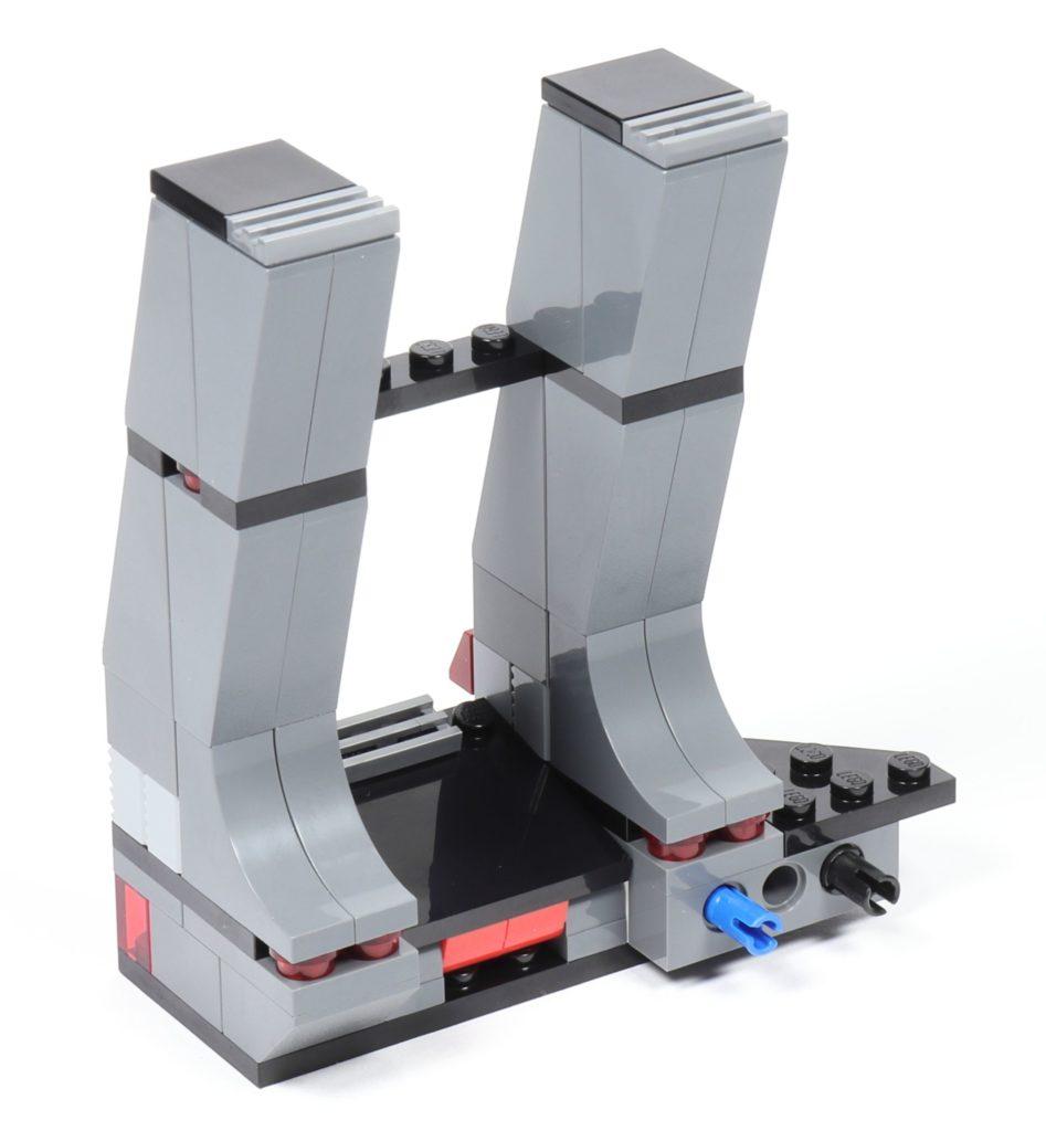 LEGO® Star Wars™ 75216 - Bauabschnitt 3, rechte Säule fertig | ©2019 Brickzeit