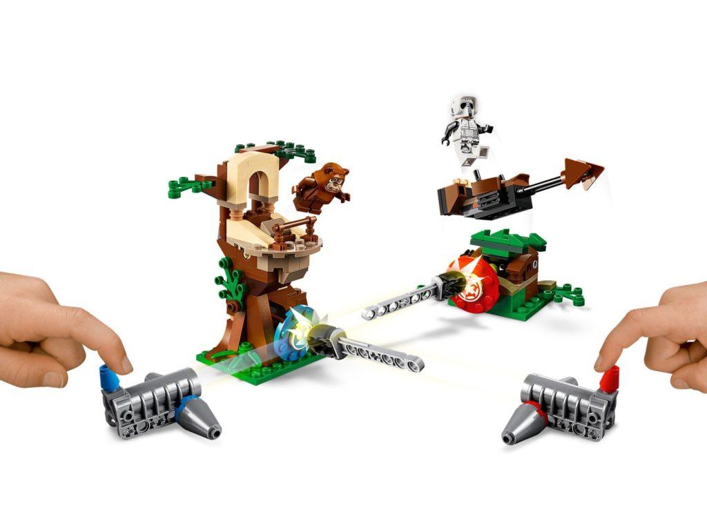 LEGO 75238 Action Battle Endor™ Attacke - Bild 03 | ©LEGO Gruppe