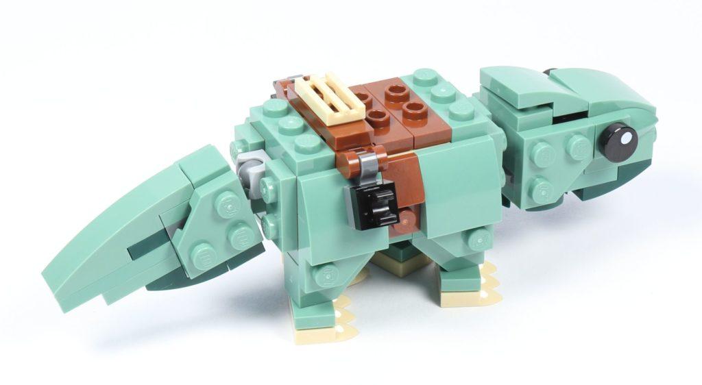 LEGO® Star Wars™ 75228 - Dewback, fertig, hinten rechts | ©2019 Brickzeit