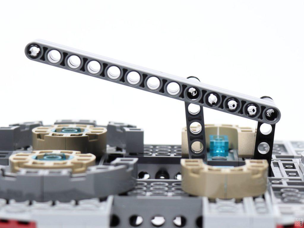 LEGO® Star Wars™ 75243 - Bauabschnitt 3, Bild 12 | ©2019 Brickzeit