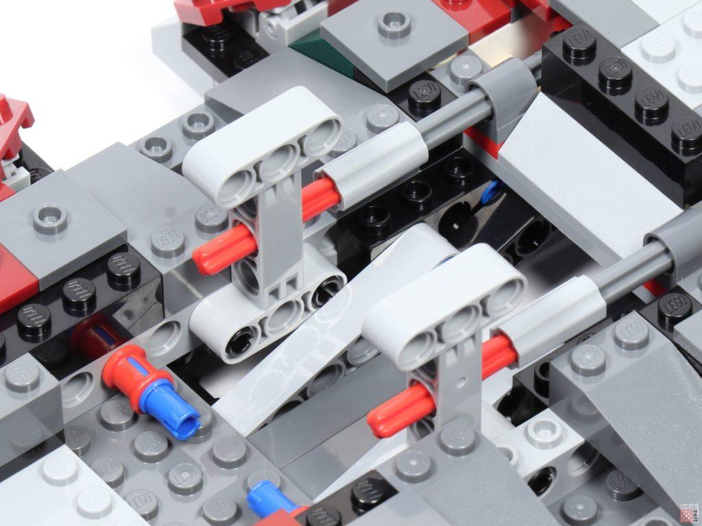 LEGO® Star Wars™ 75243 - Bauabschnitt 4, Bild 13 | ©2019 Brickzeit