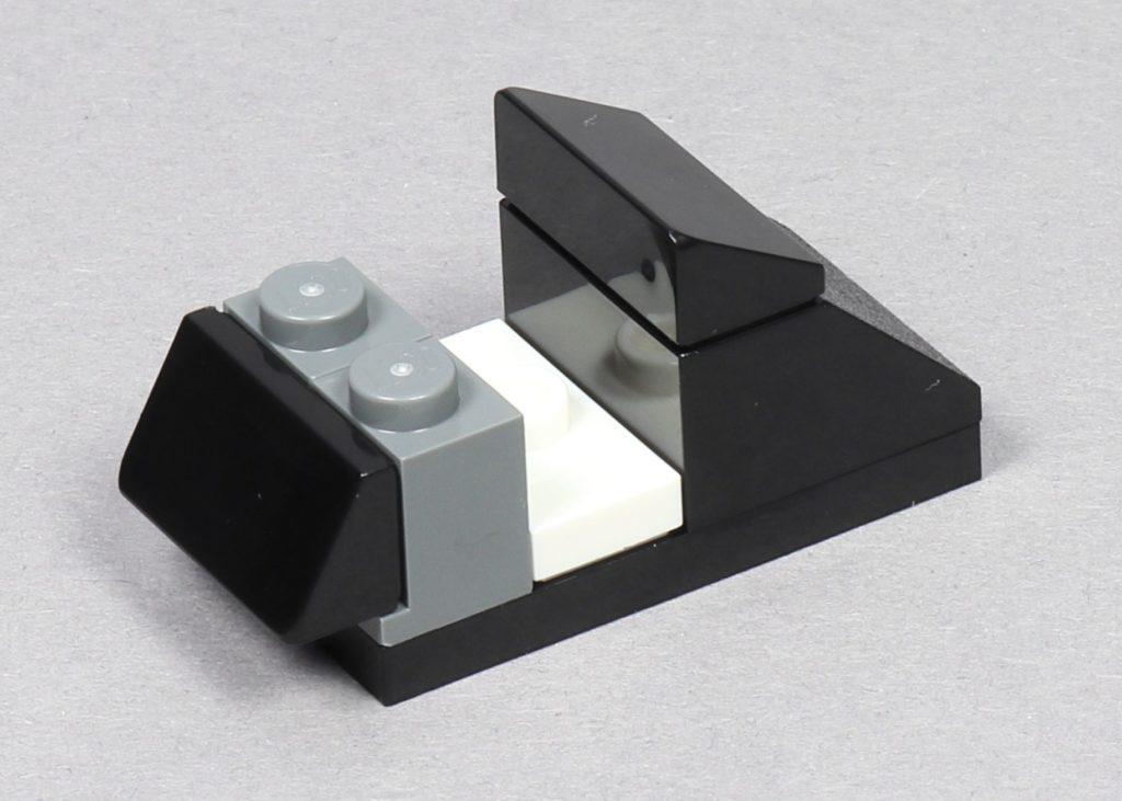 LEGO® Star Wars™ 75259 - Bauabschnitt 2 - Sitzlehnen, hinten rechts | ©2019 Brickzeit