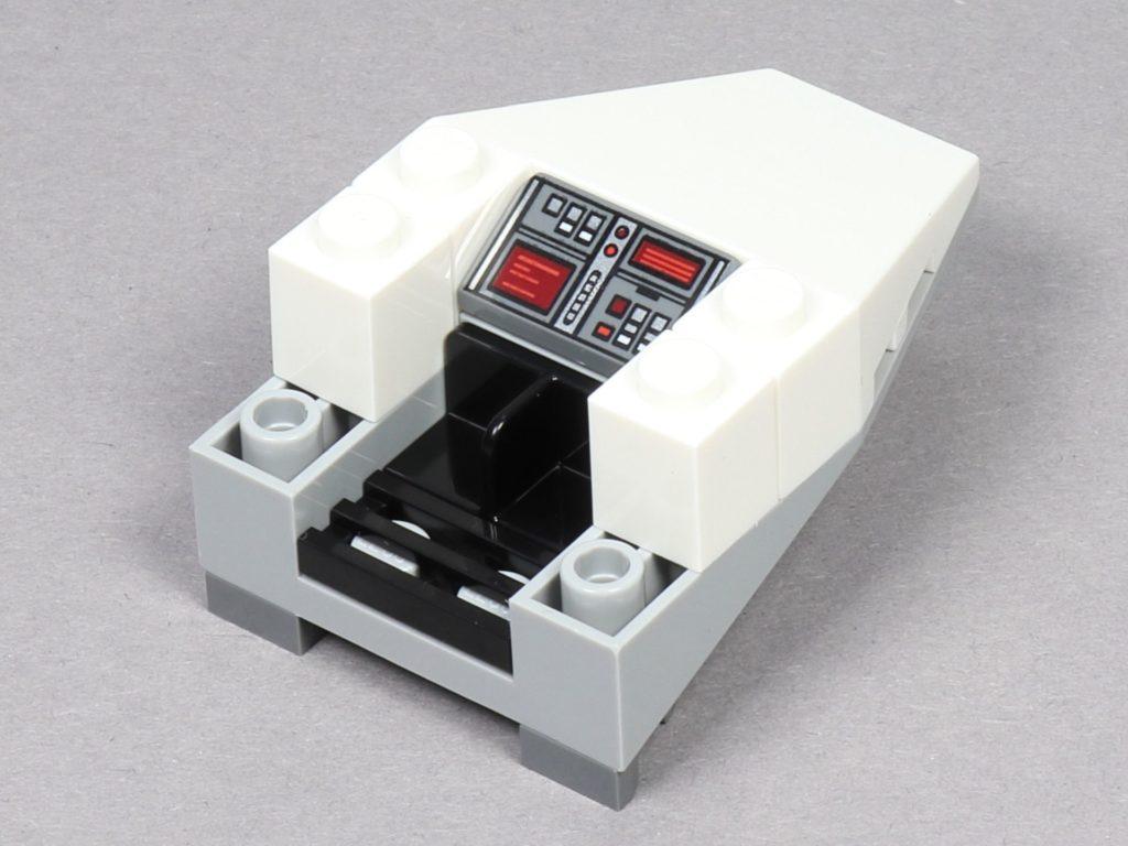 LEGO® Star Wars™ 75259 - Bauabschnitt 2 - vordere Cockpit-Armaturen | ©2019 Brickzeit