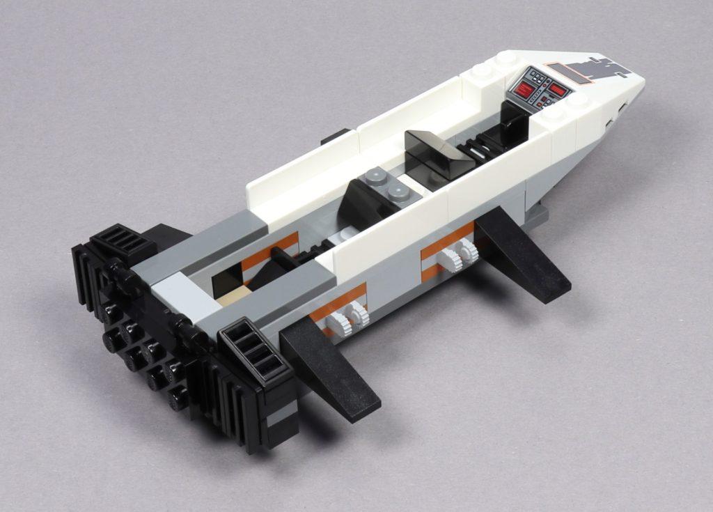 LEGO® Star Wars™ 75259 - Bauabschnitt 2 - Rumpf mit eingebauten Sitzen, hinten | ©2019 Brickzeit