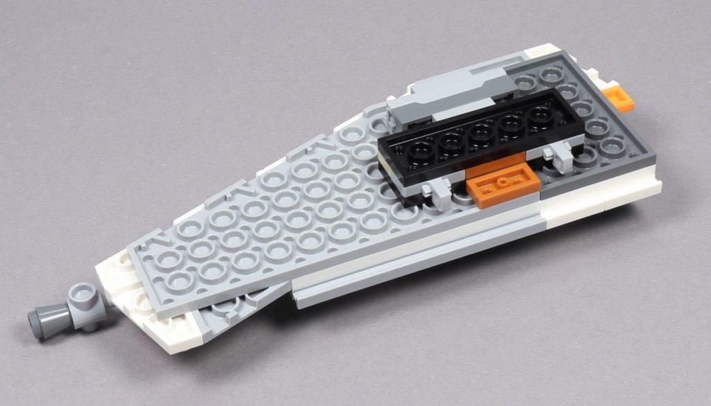 LEGO® Star Wars™ 75259 - Bauabschnitt 3 - linker Flügel, Unterseite | ©2019 Brickzeit