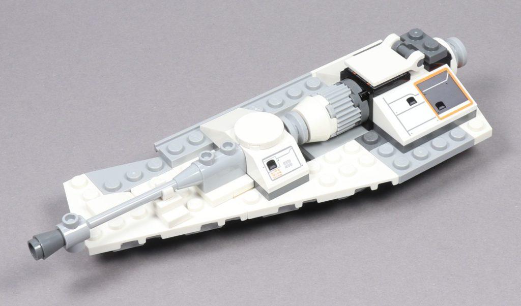 LEGO® Star Wars™ 75259 - Bauabschnitt 3 - linker Flügel fertig, vorne links | ©2019 Brickzeit