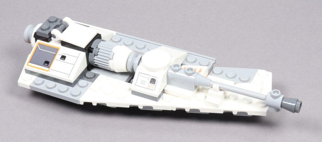 Bauabschnitt 4 - rechte Snowspeeder-Flügel, vorne rechts | ©2019 Brickzeit