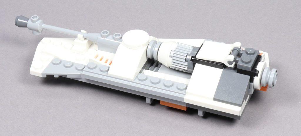 Bauabschnitt 4 - rechte Snowspeeder-Flügel, hinten links | ©2019 Brickzeit