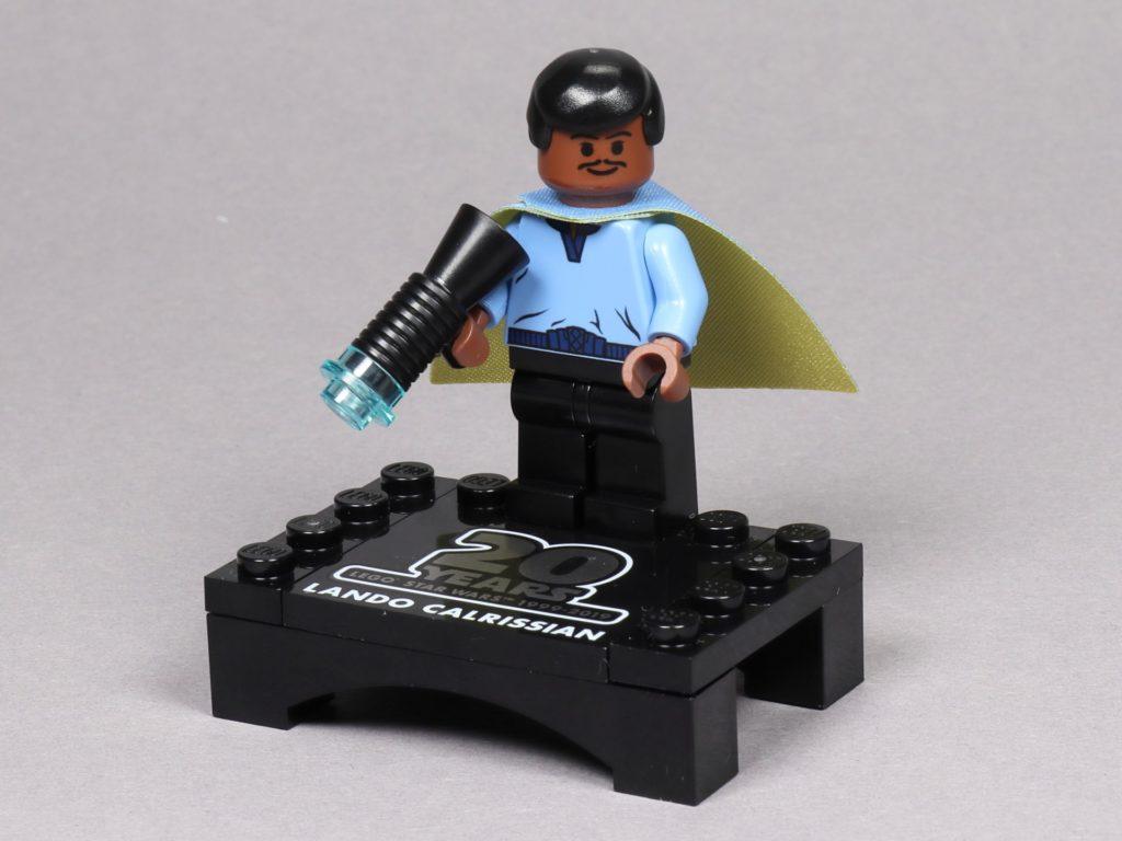 LEGO® Star Wars™ 75259 - Jubiläumsminifigur, Lando Calrissian auf Präsentationsständer | ©2019 Brickzeit