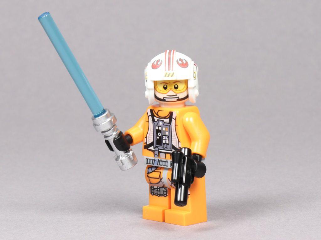 LEGO® Star Wars™ 75259 - Luke Skywalker im Piloten-Outfit mit Lichtschwert und Blaster | ©2019 Brickzeit