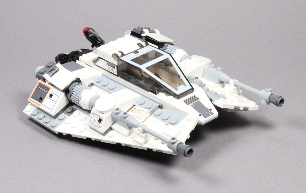LEGO® Star Wars™ 75259 Snowspeeder™ - vorne rechts | ©2019 Brickzeit