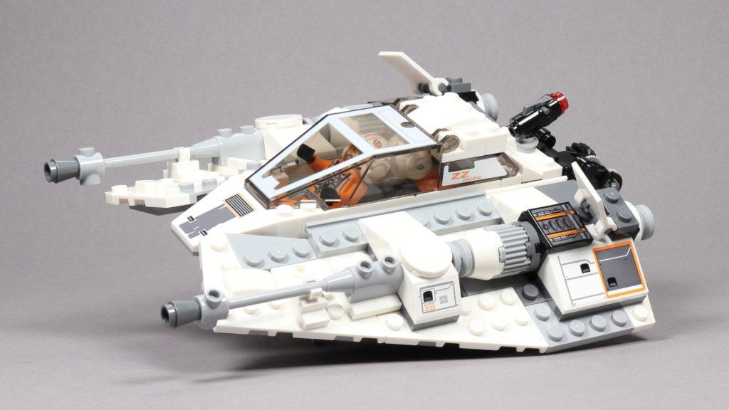 LEGO® Star Wars™ 75259 Snowspeeder™ - vorne links, schräg | ©2019 Brickzeit