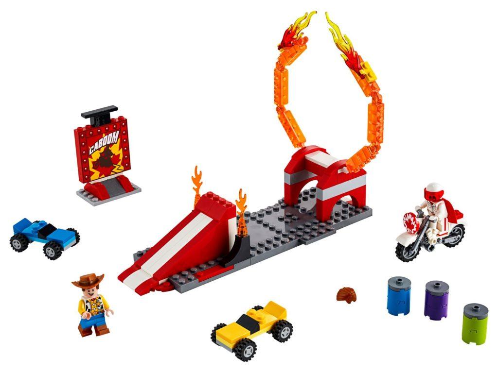 LEGO® 10767 Duke Cabooms Stunt Show - Bild 1 | ©LEGO Gruppe