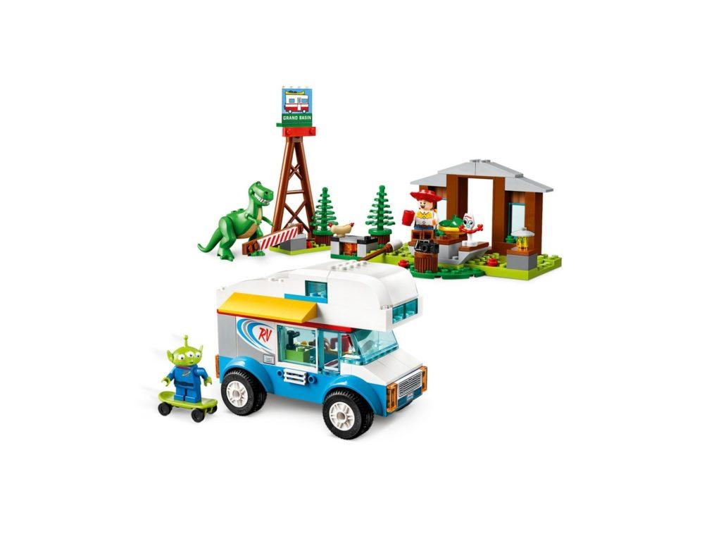 LEGO® 10769 Ferien mit dem Wohnmobil - Bild 4 | ©LEGO Gruppe