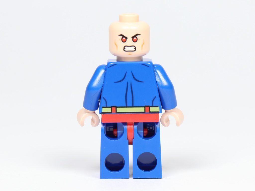 LEGO® Batman Magazin Nr. 3 - Superman ohne Cape und Haare, Rückseite | ©2019 Brickzeit