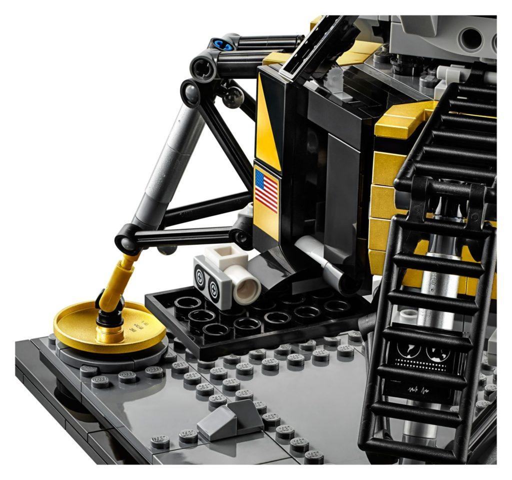 LEGO® Creator Exper 10266 NASA Apollo 11 Mondlandefähre - Bild 13 | ©LEGO Gruppe