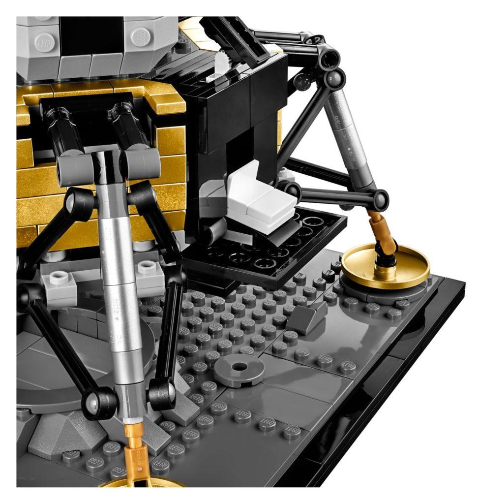 LEGO® Creator Exper 10266 NASA Apollo 11 Mondlandefähre - Bild 12 | ©LEGO Gruppe