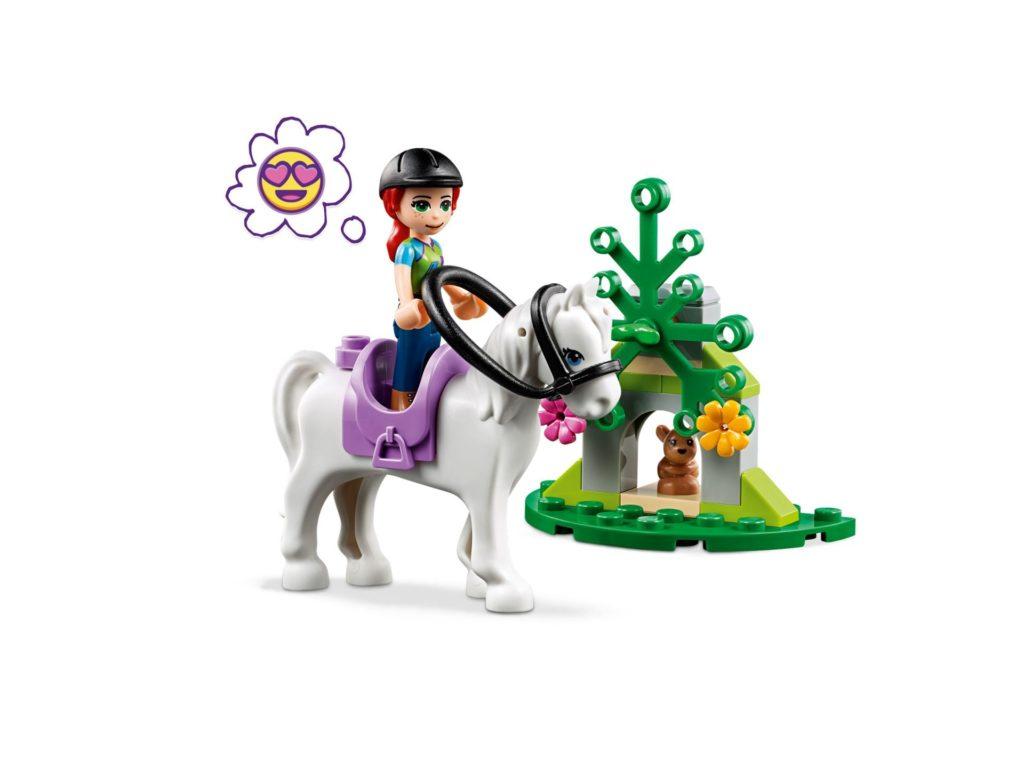 LEGO® Friends 41371 Mias Pferdetransporter | ©LEGO Gruppe