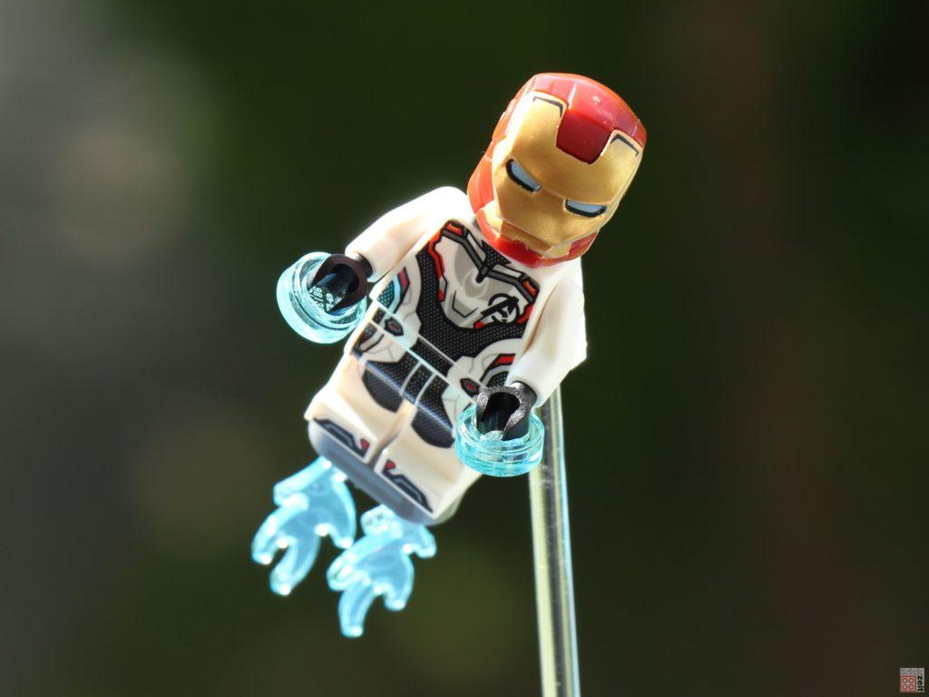 LEGO® Iron Man im Anflug | ©2019 Brickzeit