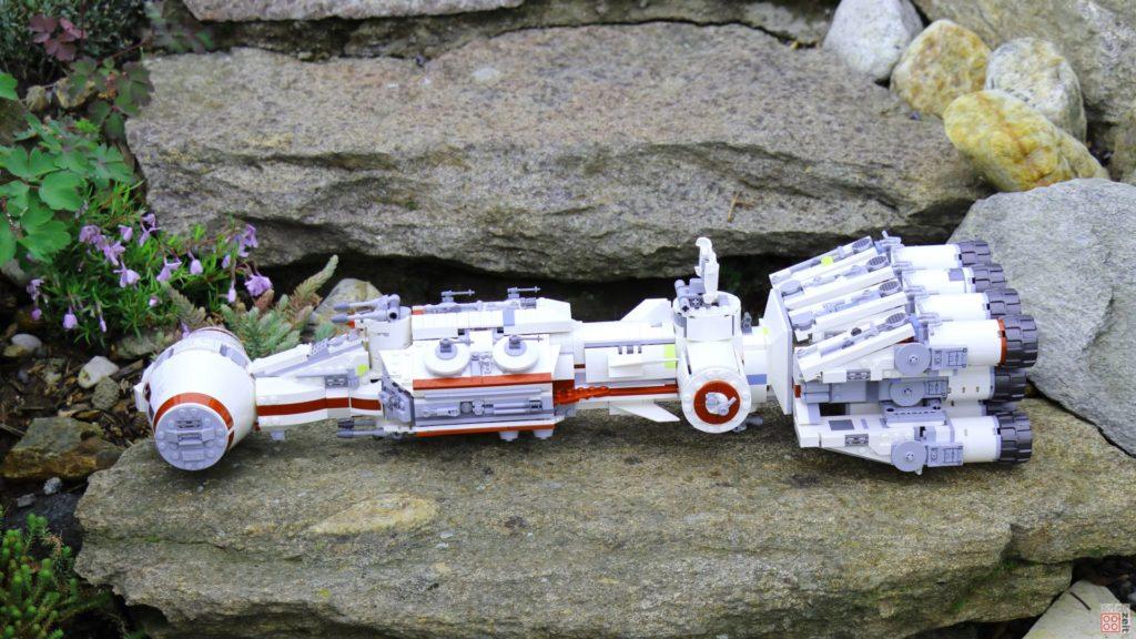LEGO 75244 - Tantive IV auf Stein | ©2019 Brickzeit