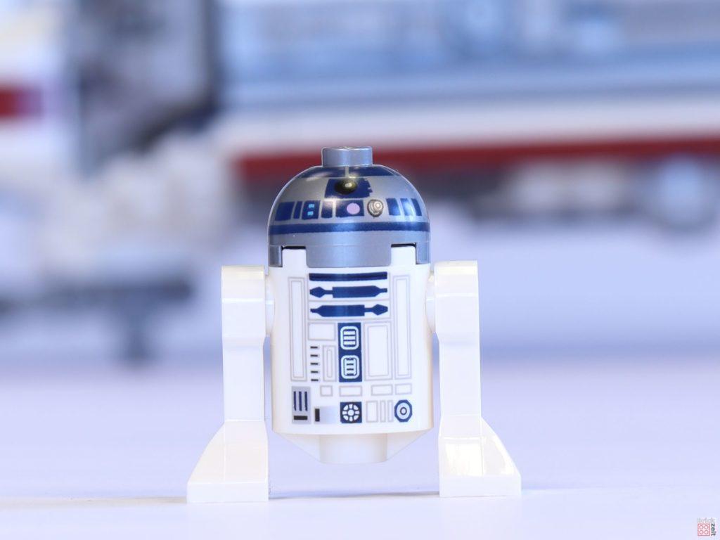 LEGO® 75244 - R2-D2, Vorderseite | ©2019 Brickzeit