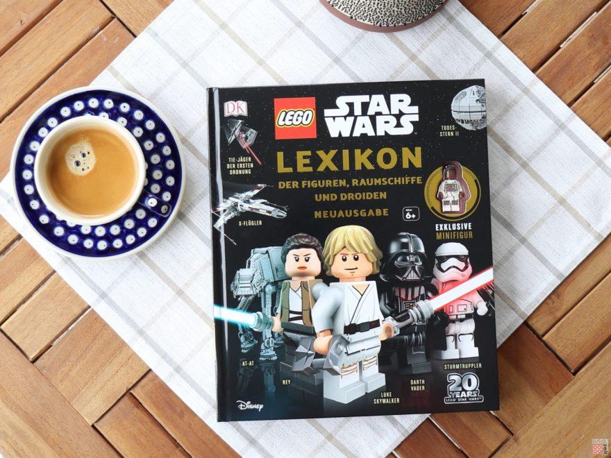Review - LEGO® Star Wars™ Lexikon der Figuren, Raumschiffe und Droiden Neuausgabe 2019 - Titelbild | ©2019 Brickzeit