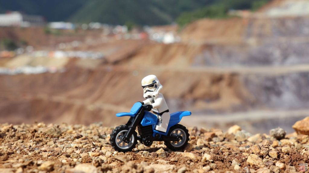LEGO® Erzbergrodeo - Sandtrooper Bild 2 | ©2019 Brickzeit