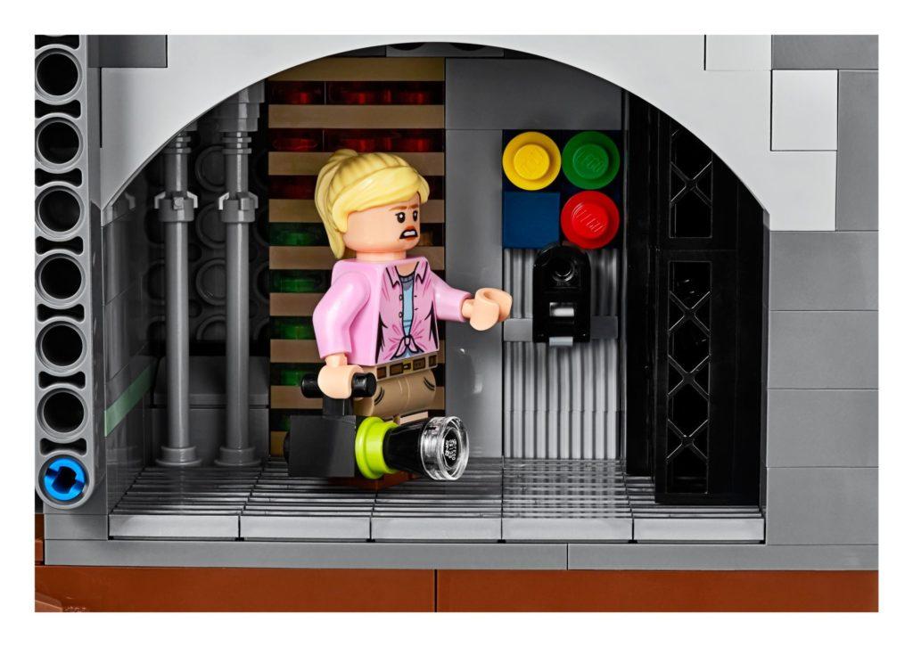 LEGO® 75936 - Elli Sattler im Technikraum | ©LEGO Gruppe