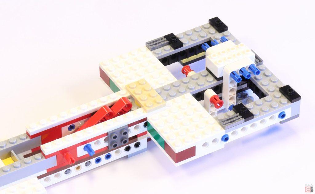 LEGO 75244 - Bauabschnitt 1, Grundgerüst der Antriebseinheit fertig | ©2019 Brickzeit
