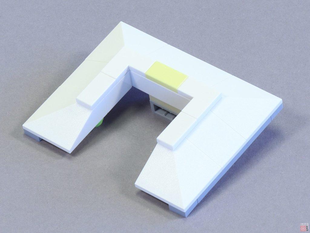 LEGO 75244 - Bauabschnitt 4, Verkleidung | ©2019 Brickzeit