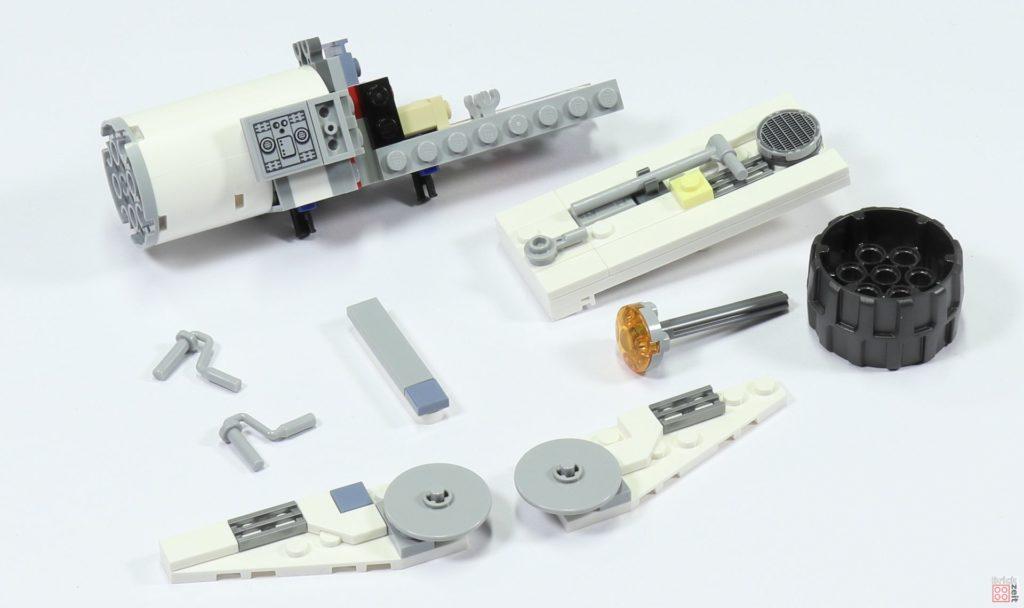 LEGO 75244 - Bauabschnitt 5, Einzelteile seitliche, obere Antriebe | ©2019 Brickzeit
