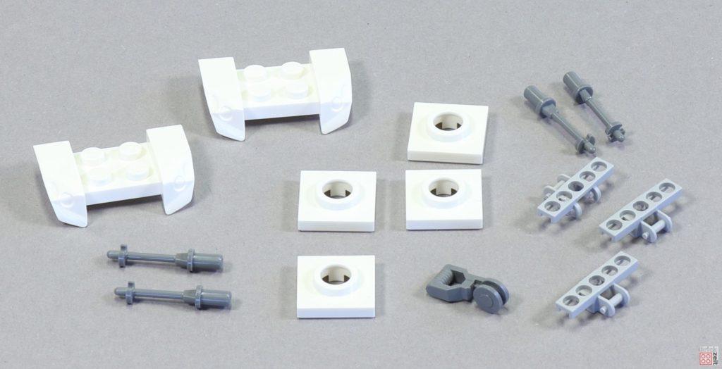 LEGO 75244 - Bauabschnitt 6, spezielle Teile | ©2019 Brickzeit