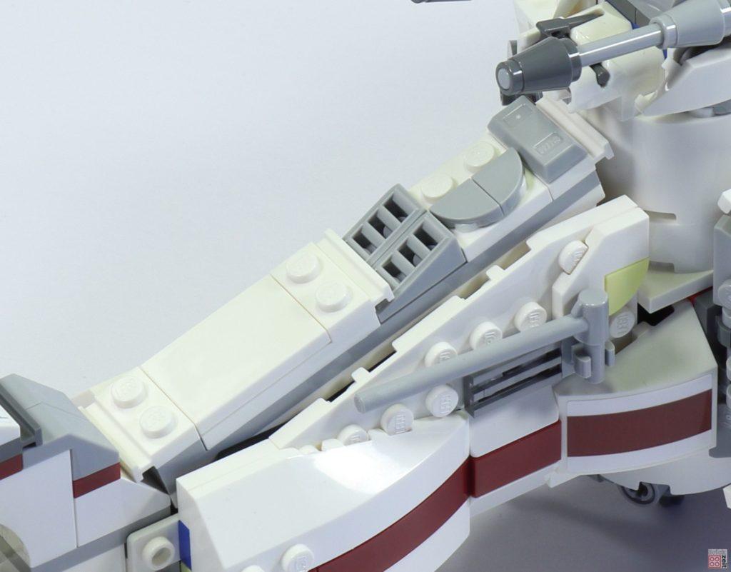 LEGO 75244 - Bauabschnitt 6, Fläche für Raumschiffhülle | ©2019 Brickzeit