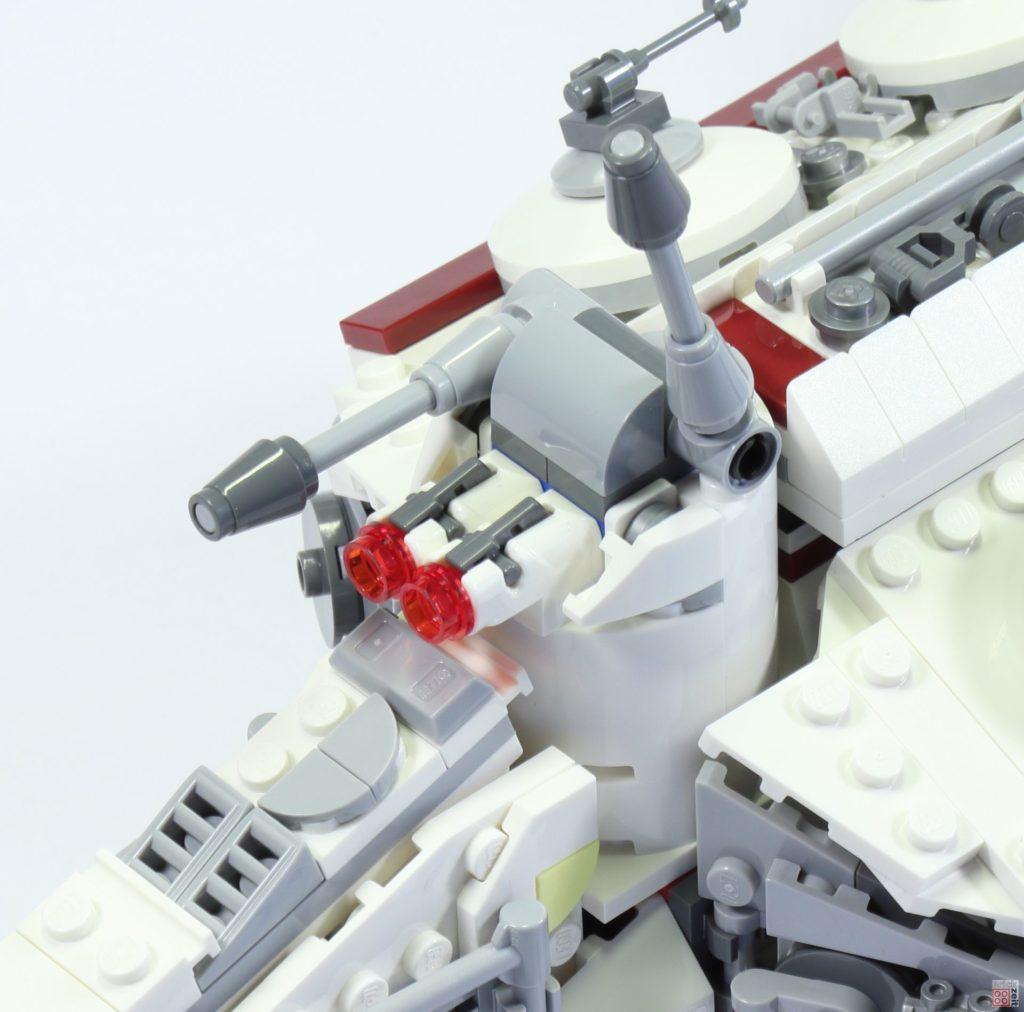LEGO 75244 - Bauabschnitt 6, Blaster | ©2019 Brickzeit