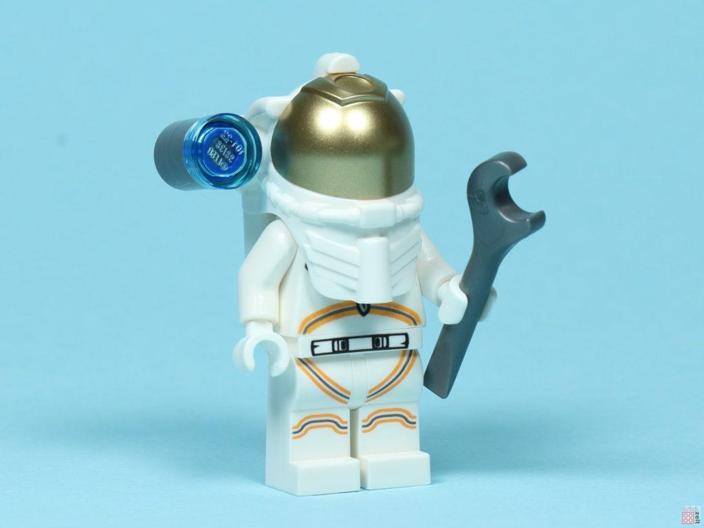 LEGO® City 30365 - Astronaut mit Zubehör, vorne rechts | ©2019 Brickzeit
