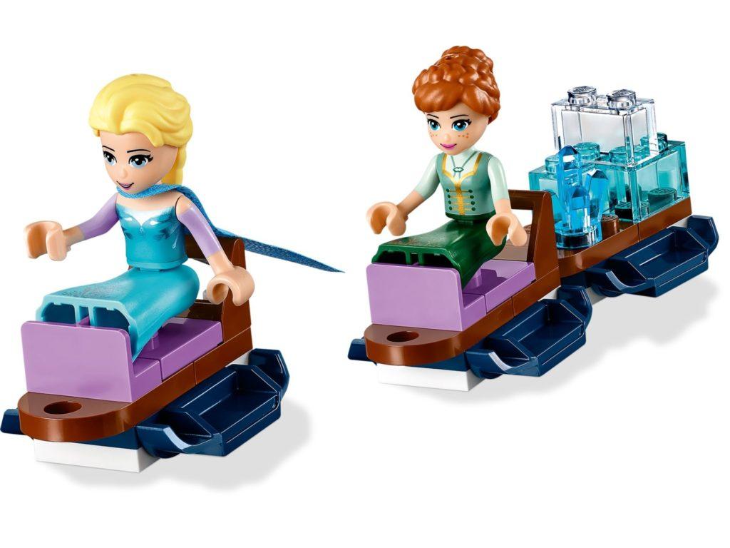 LEGO® Disney 43172 Elsa und Anna beim Schlittenfahren | ©LEGO Gruppe