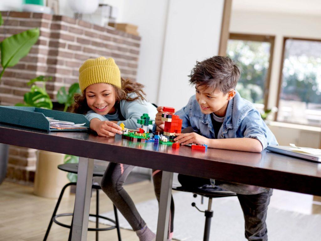 LEGO® Minecraft 21153 Die Schaffarm - Bild 10 | ©LEGO Gruppe
