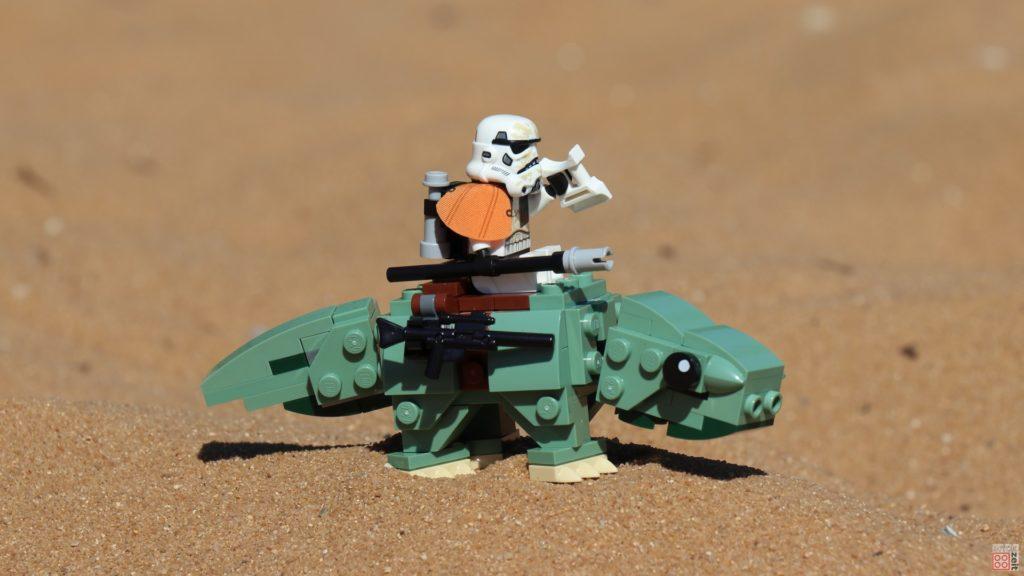 Das Imperium schickt LEGO® Sandtrooper auf Taurücken | ©2019 Brickzeit