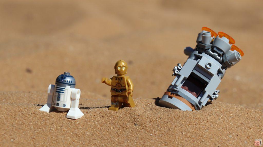 LEGO® R2-D2 und C-3PO sind auf Tatooine notegelandet | ©2019 Brickzeit