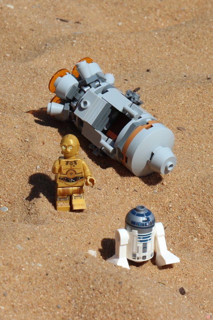 LEGO® R2-D2 und C-3PO sind auf der Flucht | ©2019 Brickzeit