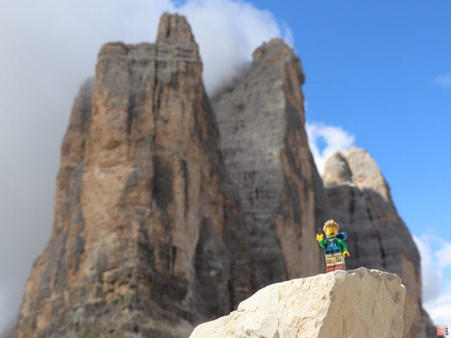 LEGO Wanderer bei den Drei Zinnen - Titelbild | ©2019 Brickzeit