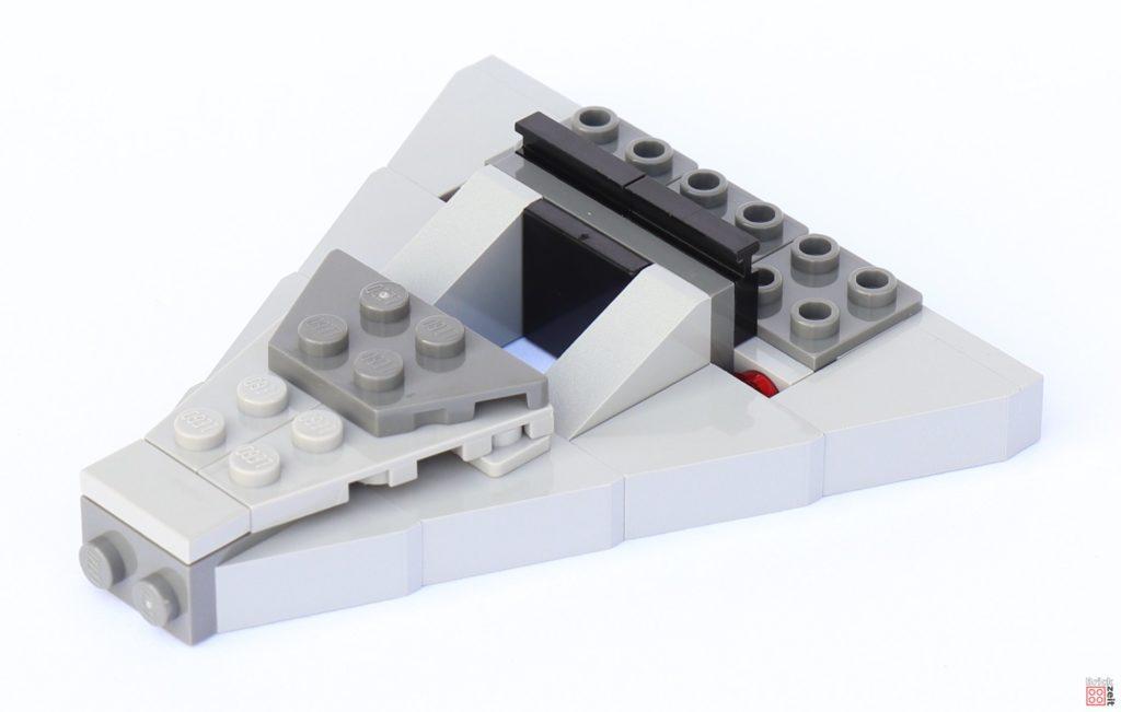 LEGO Star Wars 75033 Star Destroyer - Aufbau, Spitze montiert | ©2019 Brickzeit