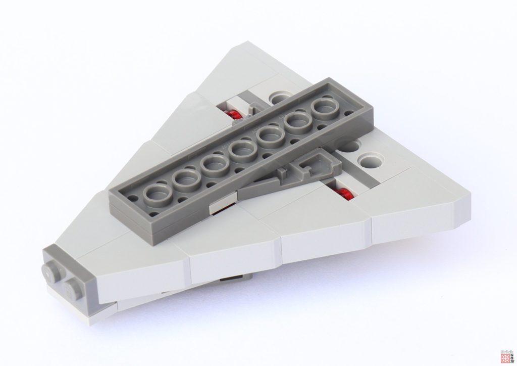 LEGO Star Wars 75033 Star Destroyer - Aufbau, Sitz befestigt | ©2019 Brickzeit