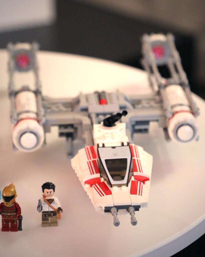 LEGO Star Wars 75249 Resistance Y-Wing | ©LEGO Gruppe