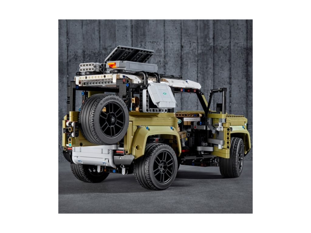 LEGO Technic 42110 Land Rover Defender - Bild 7 | ©LEGO Gruppe