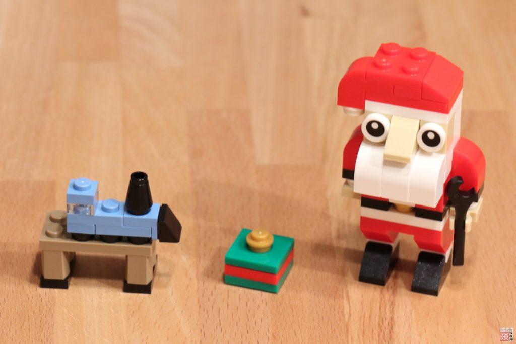 LEGO® Creator 30573 Weihnachtsmann auf Tisch | ©2019 Brickzeit