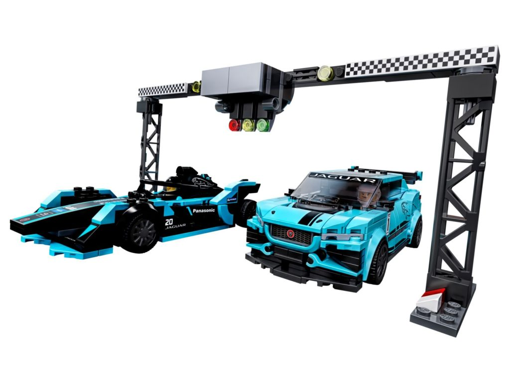 LEGO® Speed Champions 76898 Formula E Panasonic Jaguar Racing GEN2 car & Jaguar I-PACE eTROPHY | ©LEGO Gruppe